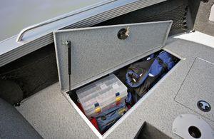 Lund Boats Tyee Magnum Bow Storage