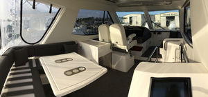 Riviera 52 Enclosed Flybridge