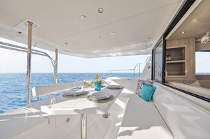 Leopard 43 PC (3 Cabins)