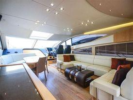 Sunseeker 68 Sport Yacht