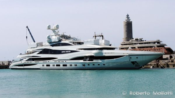 90M Superyacht Lionheart At Livorno Is A Sight You Can't Miss!