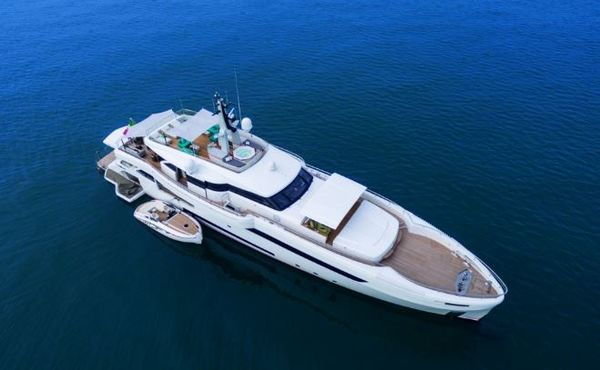 5 Features That Make Superyacht