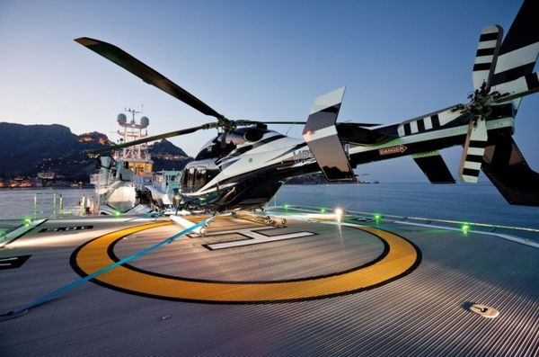 6 Hottest Helicopter Decks On Private Yachts!
