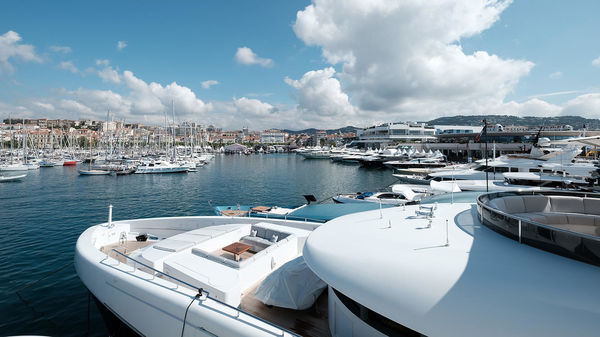 5 Reasons To Visit Cannes Collection 2017