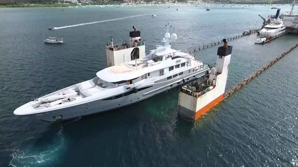 A Ferry For Luxury Superyachts, The ULTIMATE Vessel Tow Boat!